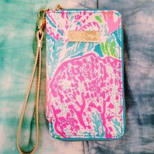 Lilly Pulitzer Let's Cha Cha Wristlet